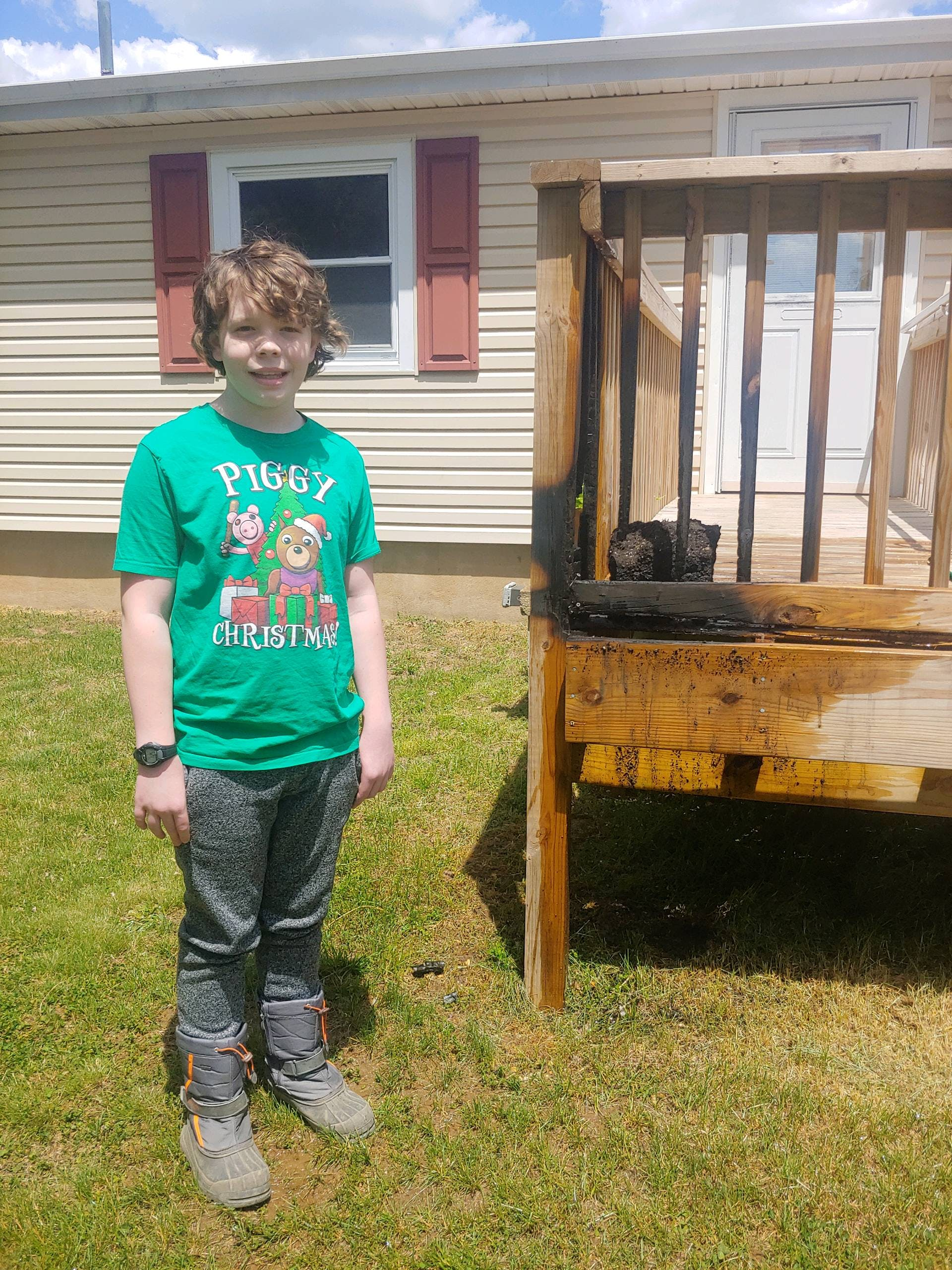 """Featured image for """"12-year-old spots fire at neighbor's house in Bear"""""""