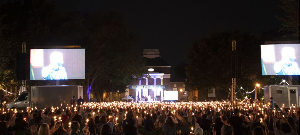 """Featured image for """"UD welcomes students with first twilight induction since 2019"""""""