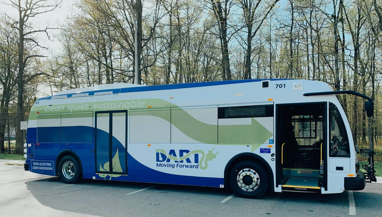 """Featured image for """"DART gets grant to add 6 more electric buses to fleet"""""""